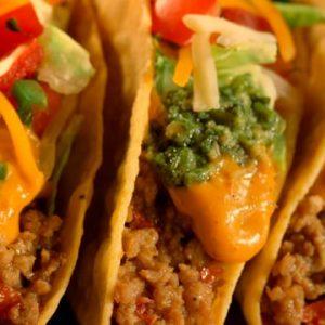 Taco Bueno – Taco Day